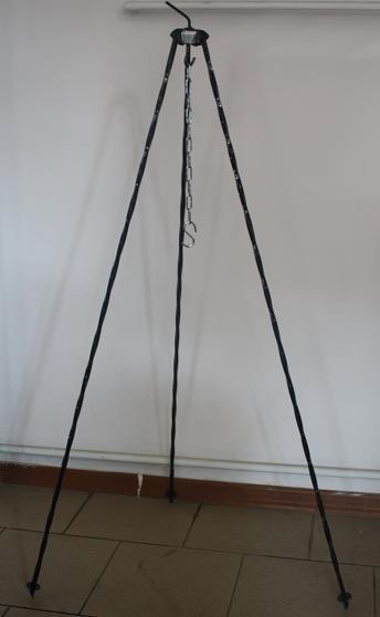 Trójnóg do kociołka grilla 125 cm grubość 8mm
